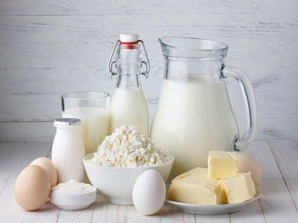 Sản phẩm từ sữa là thực phẩm gây nổi mụn